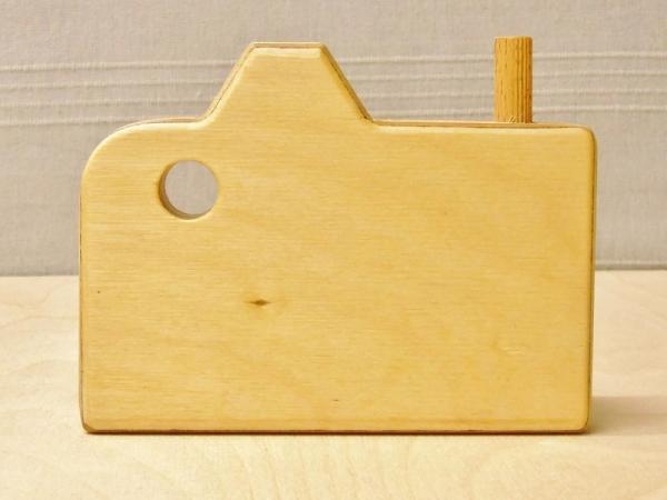 Achterkant houten camera