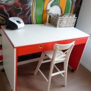 Bureau rood-wit