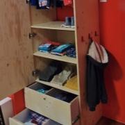 open lades vurenmultiplex kledingkast